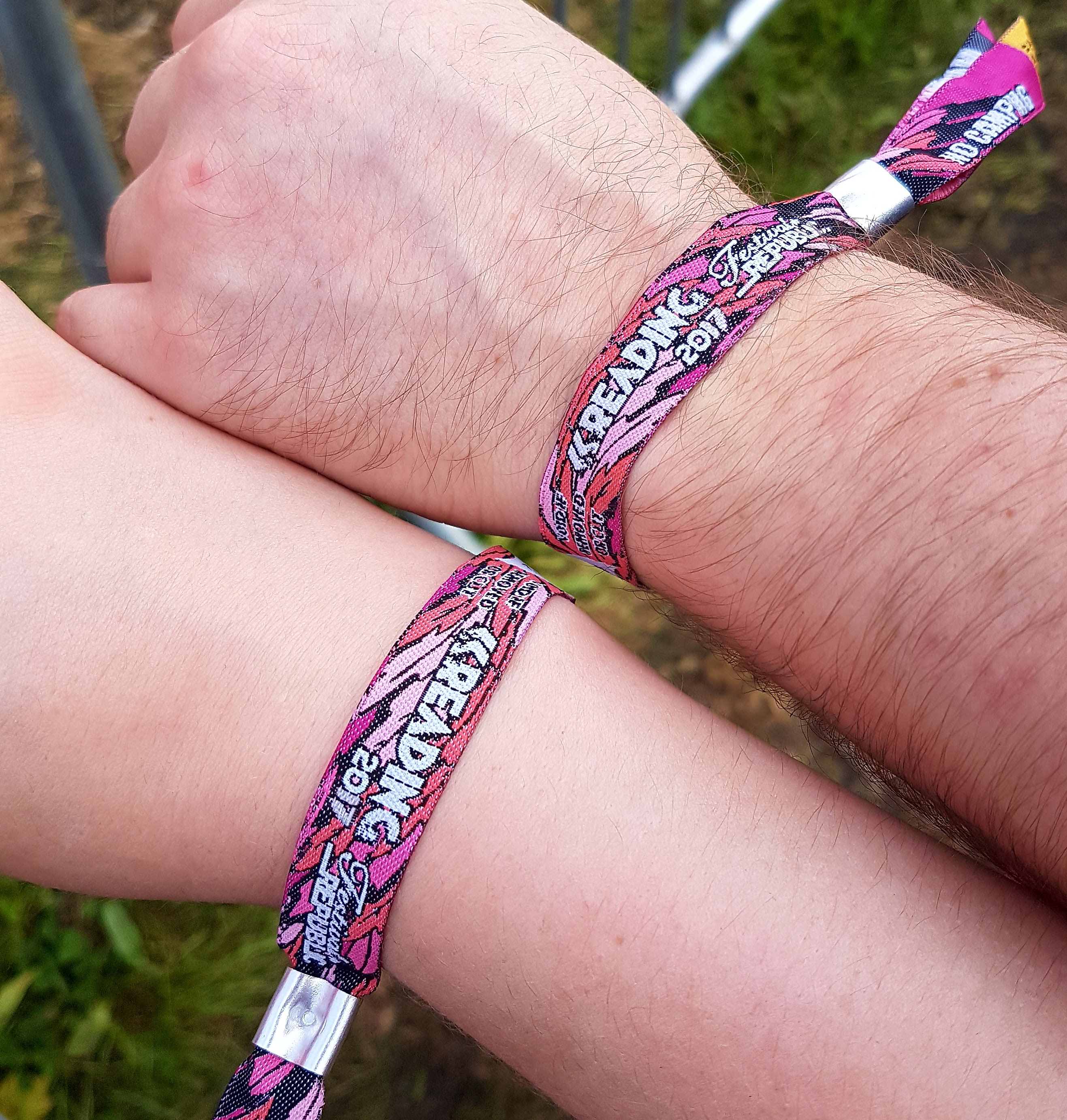arm vecqwnm r years festival one comments of and discoloured wristbands belgium bracelet