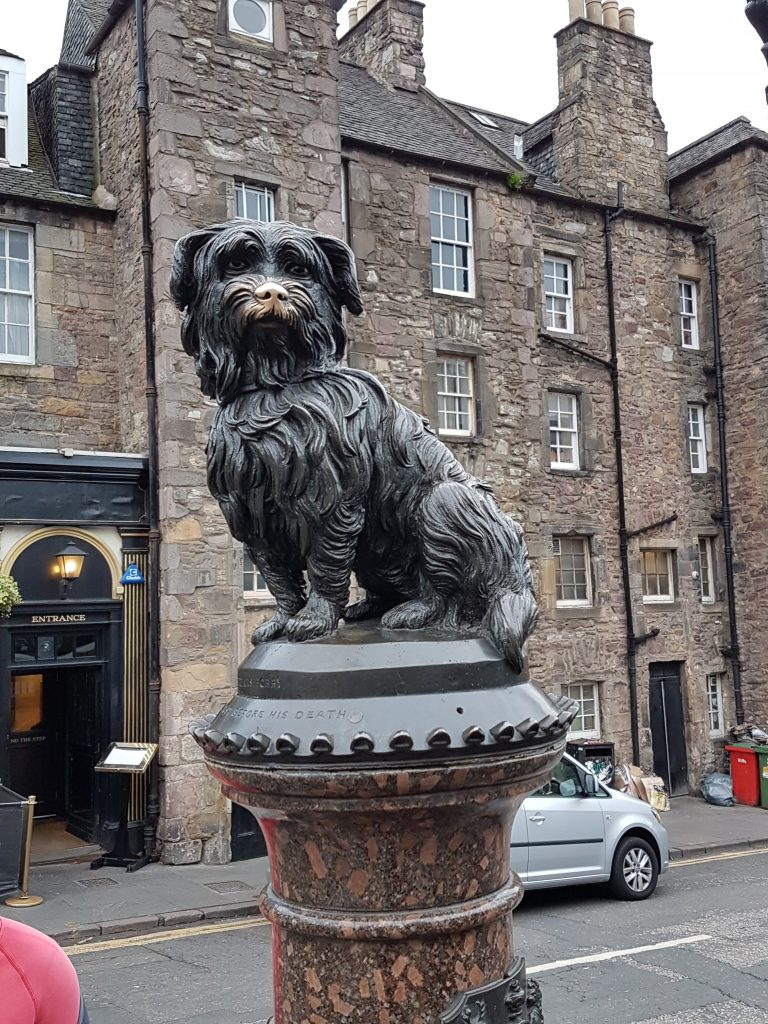 Edinburgh - The Royal Mile, Ghost Tours & Pubs